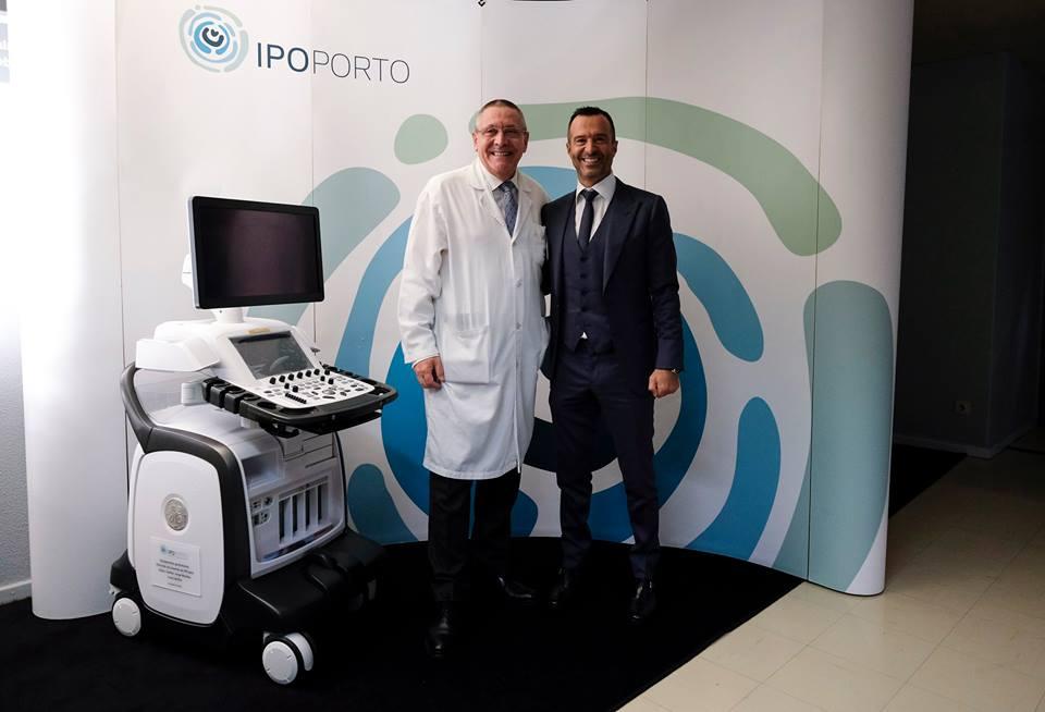 Jorge Mendes visita IPO para doar equipamento de ponta