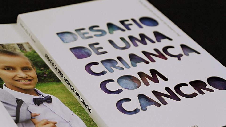 """Apresentação do livro """"Desafio de uma criança com cancro"""""""